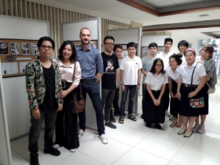 "Opening in the presence of graphic novelist extraordinaire Songsin Tiewsomboon (""Nine Lives"" and the series ""Beansprout and Firehead"" & ""Bobby Swingers"", and our guest of honour), graphic designer Ms. View, and Thai alternative comics pioneer Suttichart Sarapaiwanich (""Joe the Sea-Cret Agent"") and CommArts students."